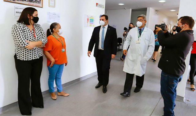 Presidente Roberto Cidade visita Centro Médico da Aleam e promete  investimentos