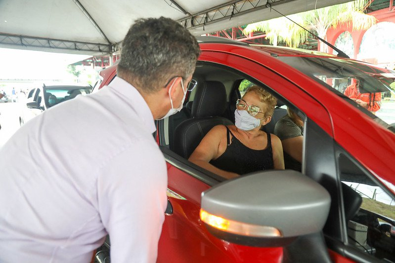 David Almeida convoca população para se vacinar contra a Covid-19